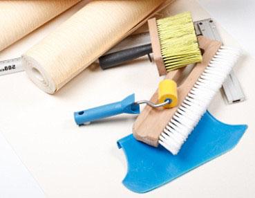 Jakie narzędzia do tapetowania wybrać?